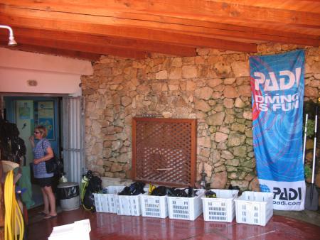 BLU INFINITO Diving Center,Capo Coda Cavallo,Sardinien,Italien
