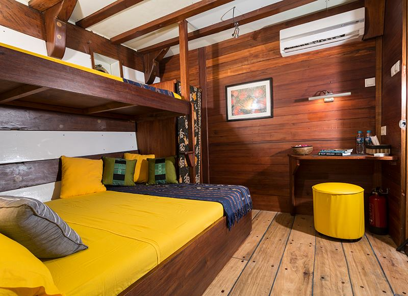 Double bed cabins 1 lower deck MV Ambai, Double bed cabins 1 ower deck MV Ambai, MV Ambai, Indonesien, Allgemein