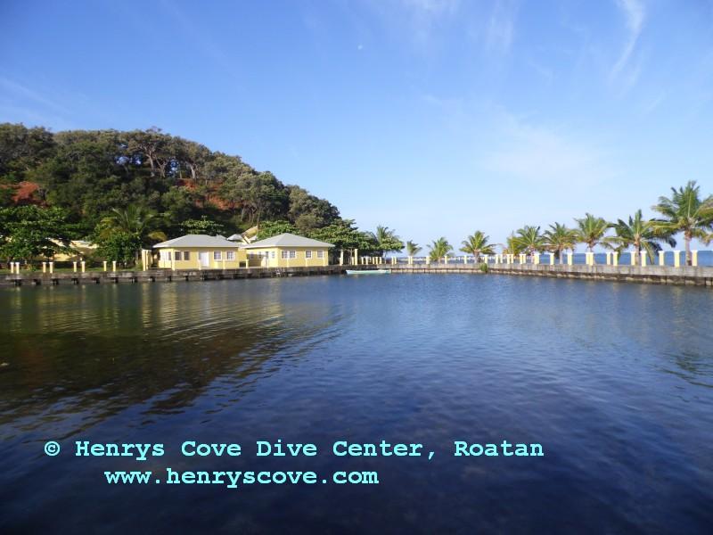Henrys Cave Resort, Honduras