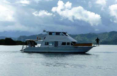 M/V Tatadra, Fidschi