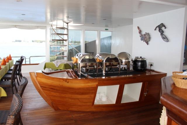 Buffet, Carpe Novo Explorer, Malediven
