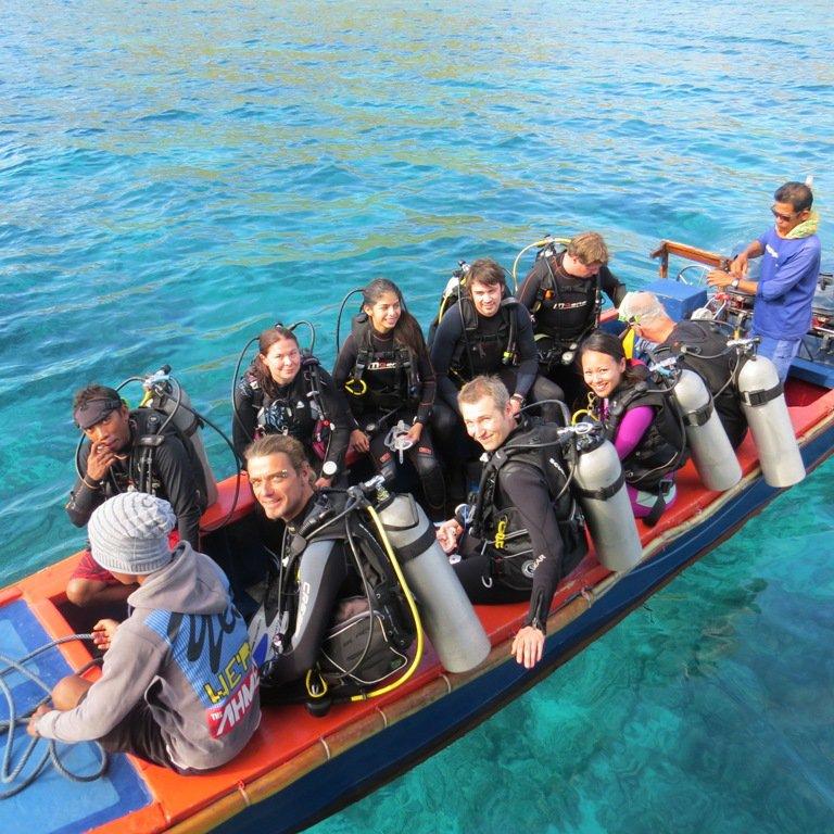 Beiboot 1, Moana Cruising - Liveaboard Komodo, Indonesien