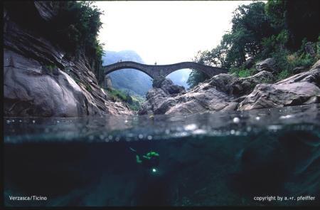 Verzasca,Kanton Tessin (Flusstauchen),Schweiz