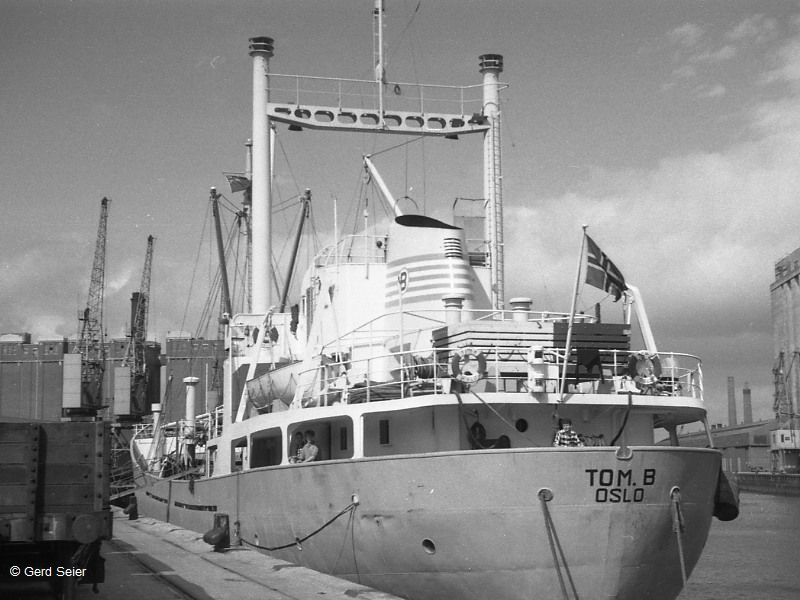 """Tom B"", 1956, Hafenbilder, Wrack der TOM B,Norwegen"