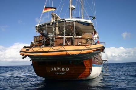 SY Jambo,Tansania