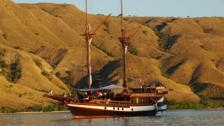 MS Wellenreng,Indonesien