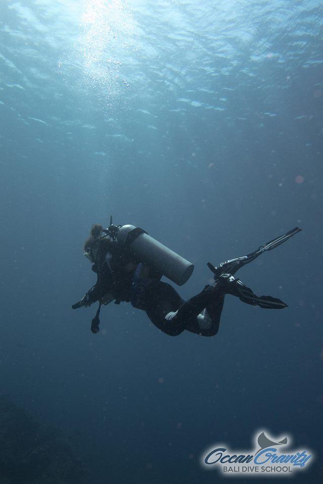 Taucher in Bali, Ocean Gravity Bali Dive School, Indonesien, Bali