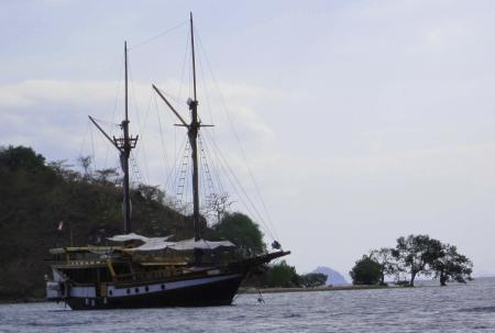 MS Wellenreng,Indonesien