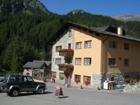 Hotel Restaurant Alp Flex,Marmorerasee,Hotel und Füllstation Sur Flex,Schweiz