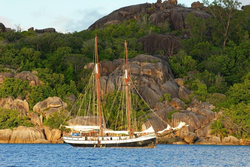 Sea Pearl on anchor, Sea Pearl, Seychellen