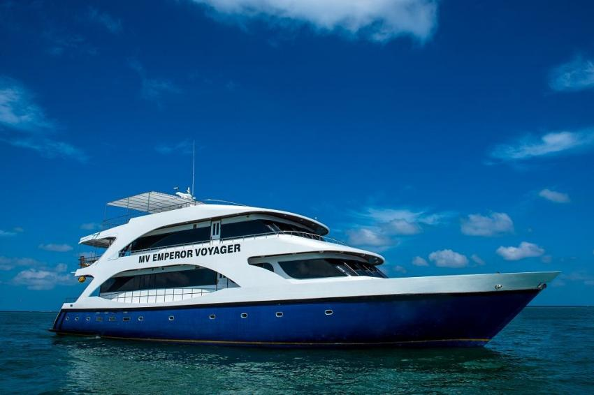 M/V Emperor Voyager, Malediven