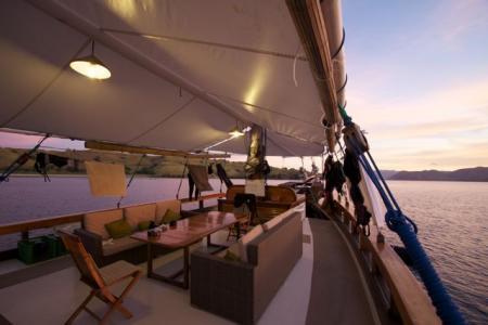 Intodeep Tauch- & Abenteuerreisen,52355 Düren,MS Wellenreng,Indonesien
