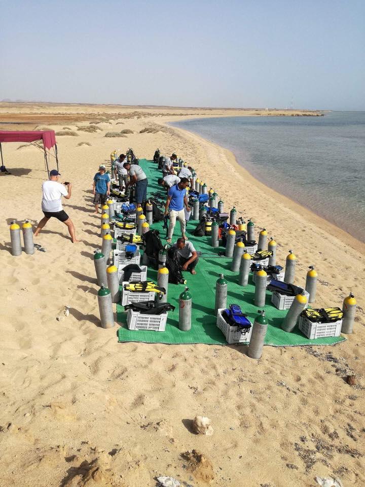 bereit zu tauchen, Tauchplätze Marsa Alam, Sea World Diving Center, Marsa Alam, Ägypten, Marsa Alam und südlich