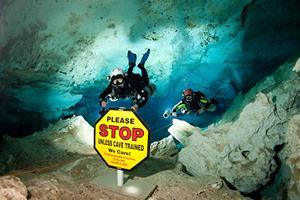 Höhlentauchen, cenote, Blue Motion Diver, Playa del Carmen, Mexiko