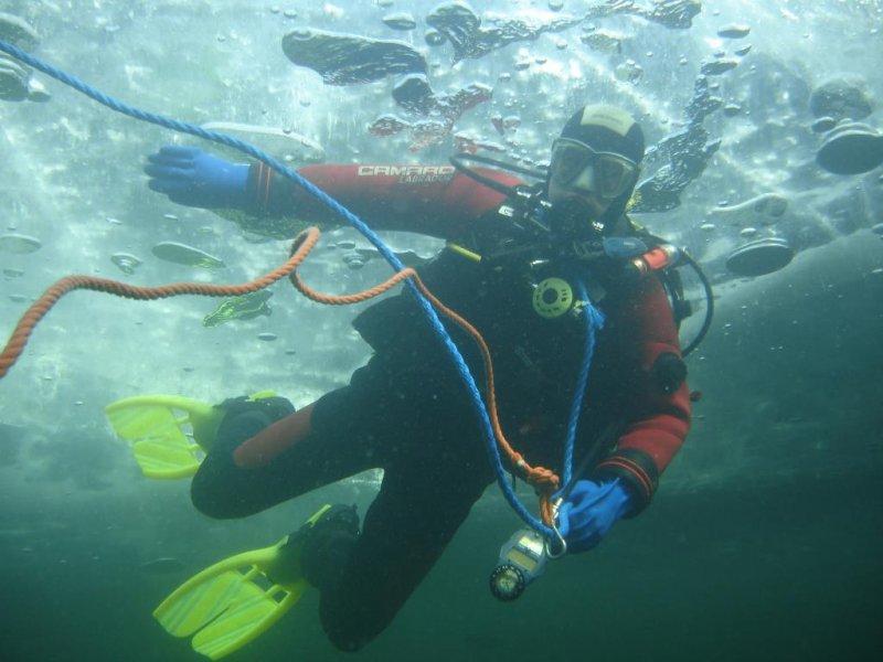 Diving Weissensee Eistauchen Dive-World Stockenboi, Tauchbasis Dive-World, Weissensee-Ost, Österreich