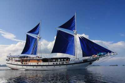 SY Indo Siren,Indonesien