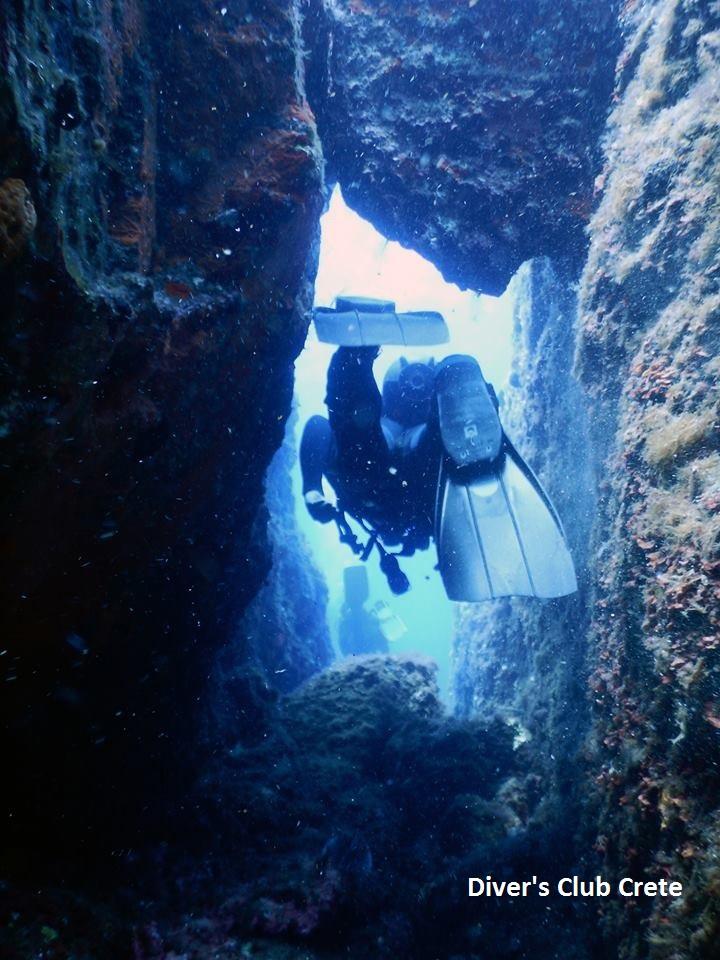Mononaftis Swim Through, Reef Diving, Divers Club Crete, Agia Pelagia, Kreta, Griechenland