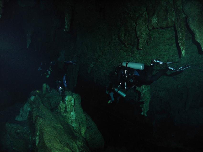 Cenote Aktun-Ha (CarWash), Cenote Aktun-Ha (CarWash),Mexiko,Höhle,Stalagmiten,Tropfsteine