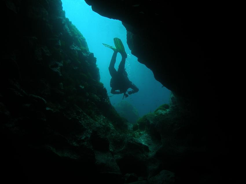Lanzarote Bahianus Club, Lanzarote,Spanien,Cave,Höhle,Spalt,Taucher
