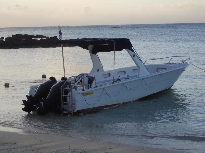 Tauchboot, ORCA Diveclub Merville, Grand Baie, Mauritius