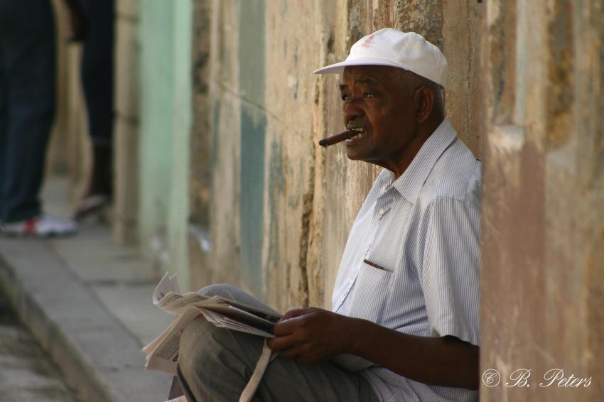 Habana, Habana,Kuba,Einheimischer,Zigarre,rauchen