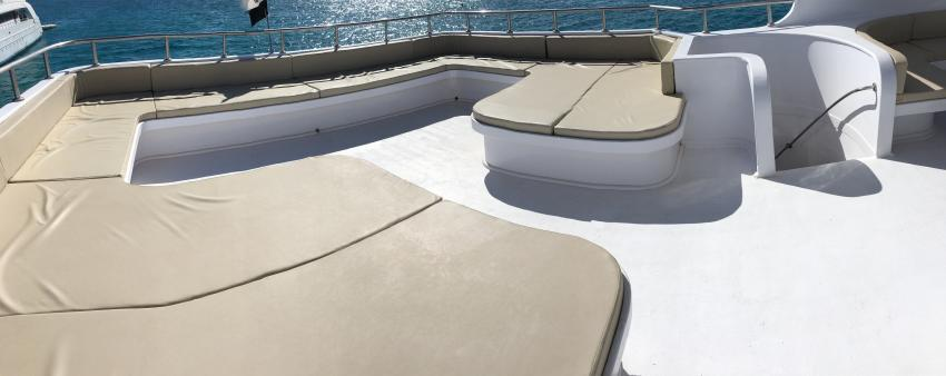 SimSim Dive hinterer Sonnendeckbereich, Ägypten, Hurghada, Tauchsafaris, Tauchen, Salon, Angebote, Rotes Meer, SimSim, Red Sea, SimSim Dive