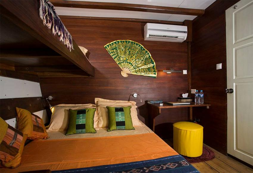 Double bed cabin 2 lower deck MV Ambai, Double bed cabin 2 lower deck MV Ambai, MV Ambai, Indonesien, Allgemein