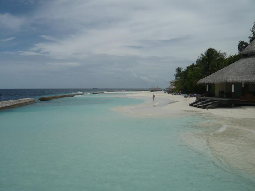 Strand mit Tauchbasis