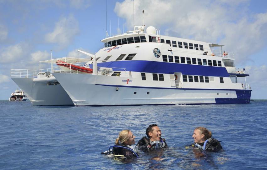 Ocean Quest, Deep Sea Divers Den, Cairns, Australien