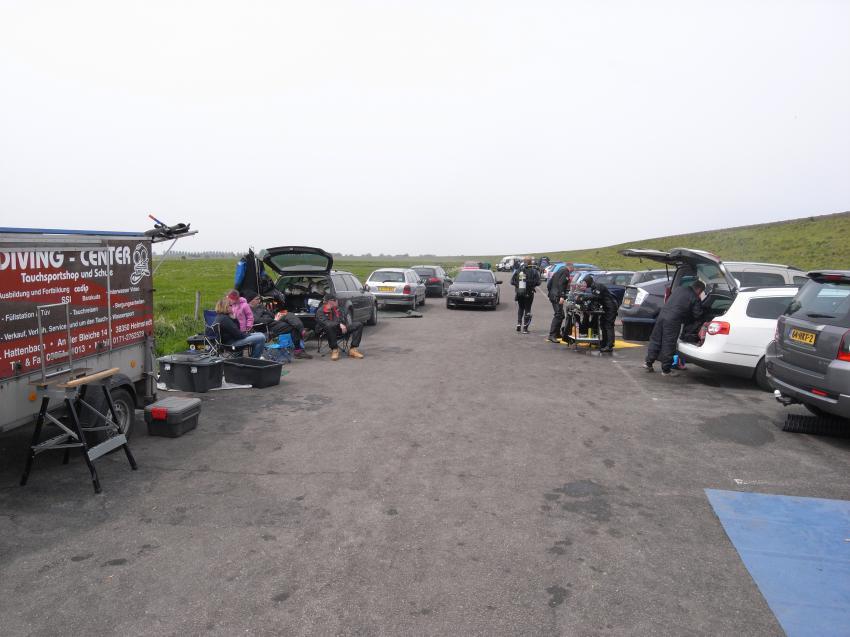 Dreischor Frans Kok Riff, Grevelinger Meer,Kunstriff Frans Kok,Niederlande,Parkplatz,anrödeln,Taucher,Ausrüstung