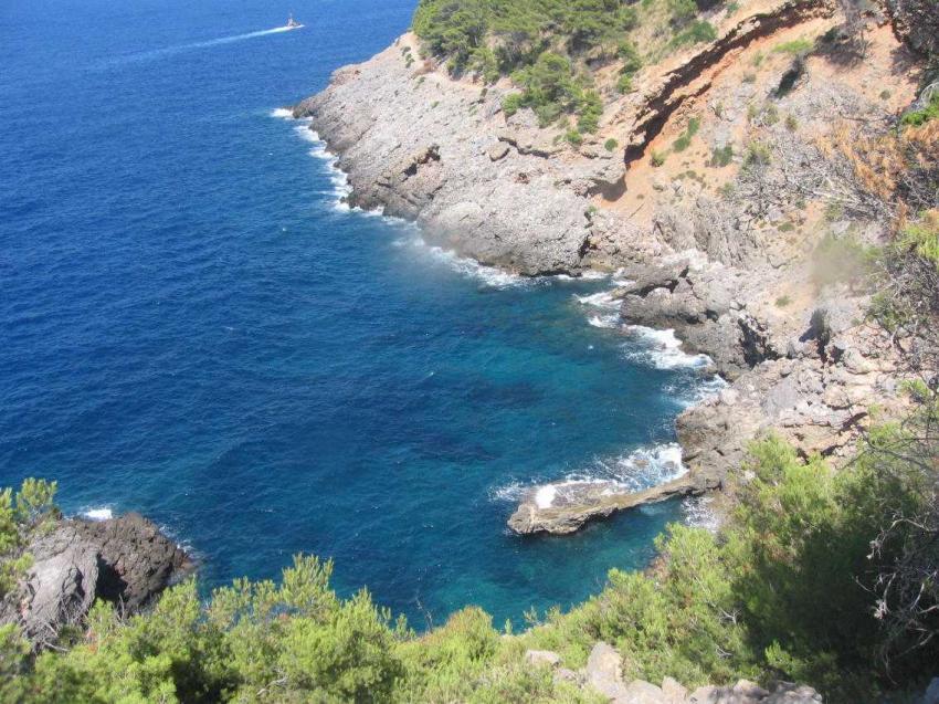 Mallorca - bei Port de Soller, Mallorca,Port de Soller,Spanien,küste,steilküsten,felsen,meer,brandung,bucht
