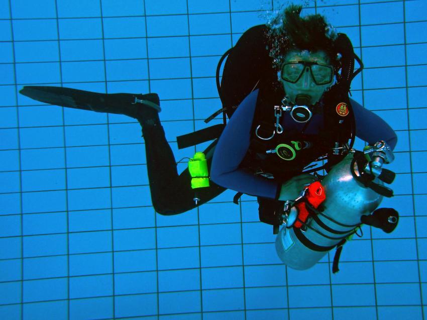 Pooltraining 05-2012 Aqua Action, Pooltraining Gerlingen,Baden Württemberg,Deutschland,Ausbildung,Pool,Stagehandling,Tarierung