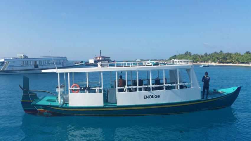 Triton, Malediven