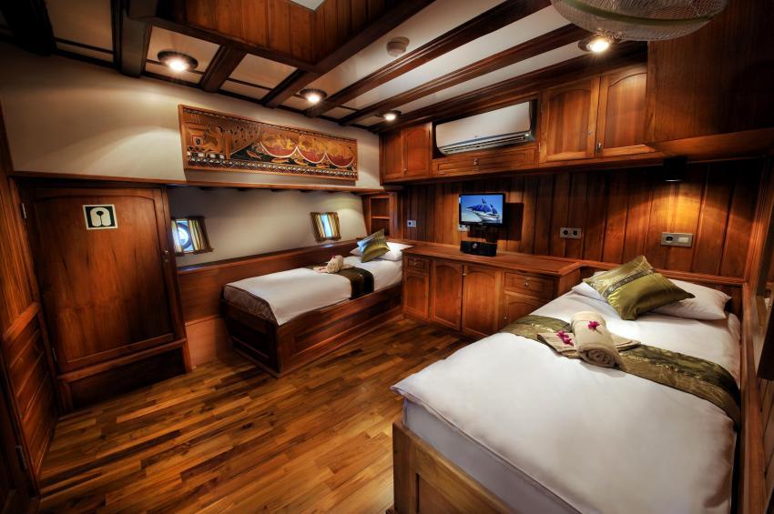 Twin Cabin, S/Y Palau Siren, Palau