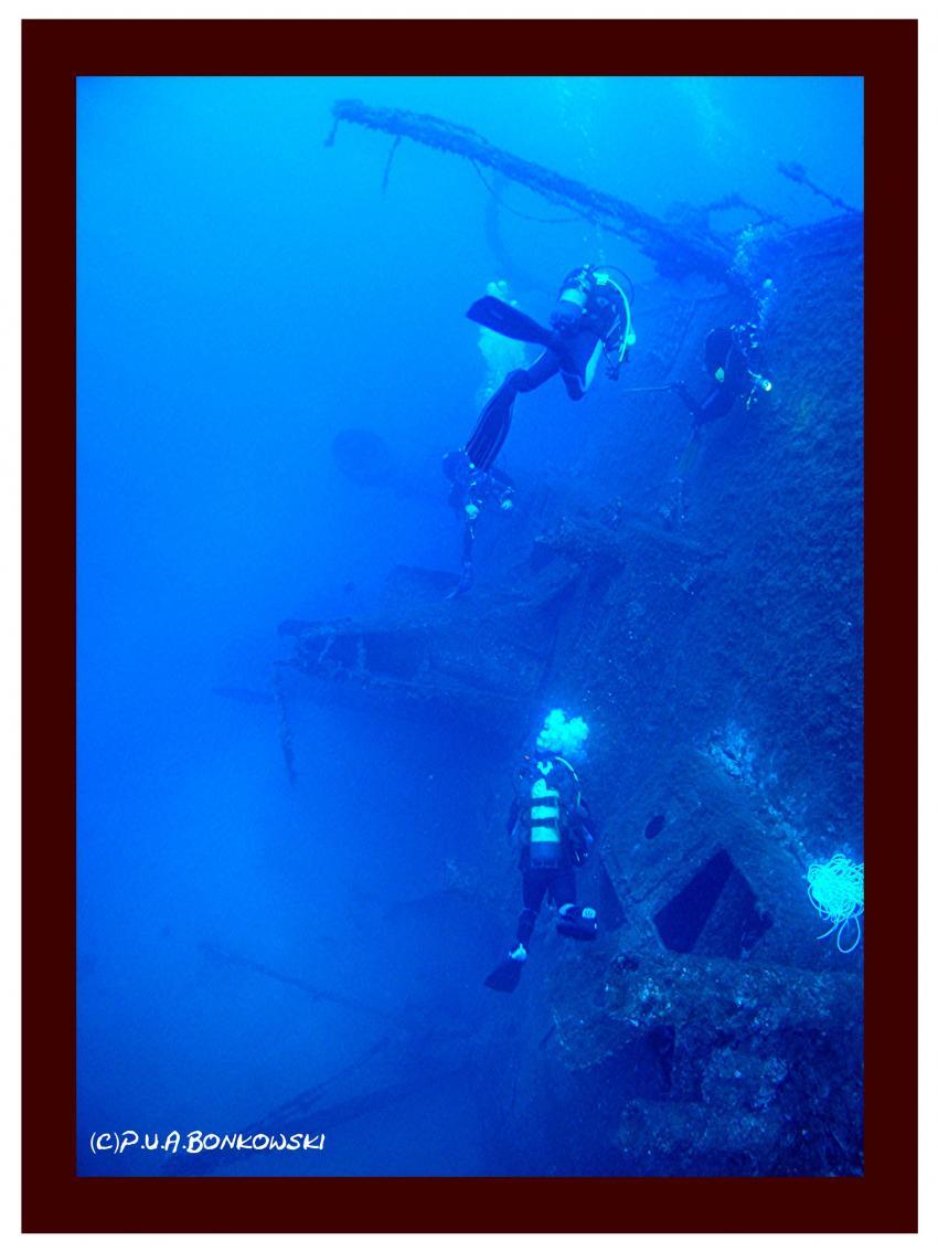 Sardinien-Cagliari&Cala e Moru, Sardinien - Cagliari & Cala e Moru,Italien,wrack,deck,davit,schräg