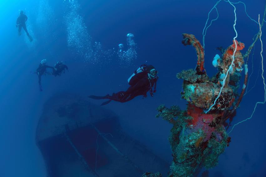 Wrack tauchen im Majuro Atoll, Wracktauchen, Marshallinseln, Marshall Islands Tours, Majuro