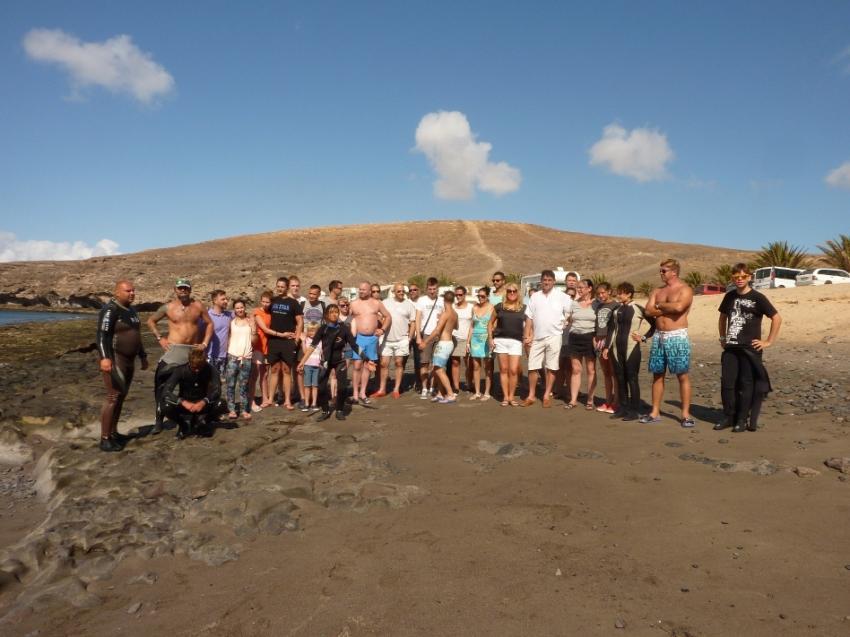 Group Diving - Delphinus Fuerteventura, tauchreisen fuerteventura, tauchbasis costa calma, Delphinus Diving School Fuerteventura, Spanien, Kanarische Inseln