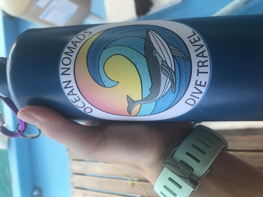 Wiederverwendbare Flaschen statt Plastik!, Dive Rasdhoo, Malediven