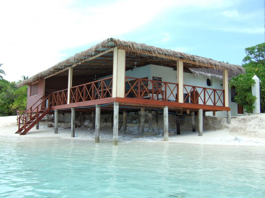 Angaga / Ari Atoll, Angaga / Ari Atoll,Malediven,Strand,weißer Sand,Bungalow