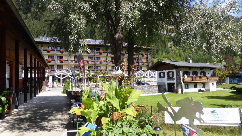 Hotelzugang Basis I, Yachtdiver Techendorf Weißensee, Österreich