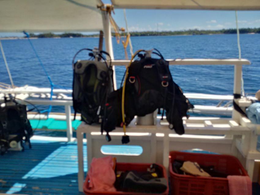 Viel Platz auf den Booten, Devocean Divers, Malapascua (ehemals Seaquest Divecenter), Philippinen