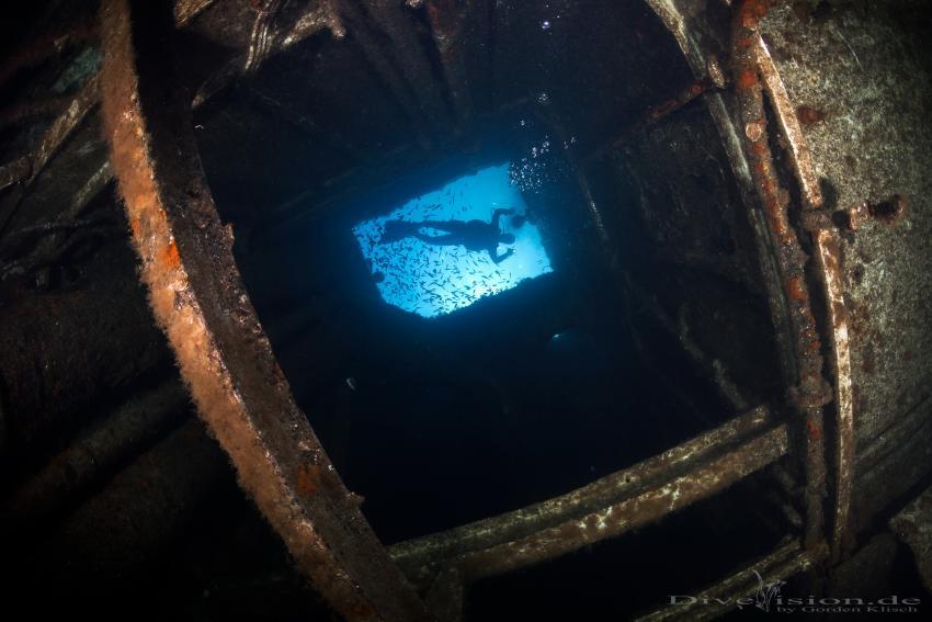 Im Innenbereich der Um-El Faroud, Um-el Faroud, Wrack, Mittelmeer, Extra Divers Malta, Malta