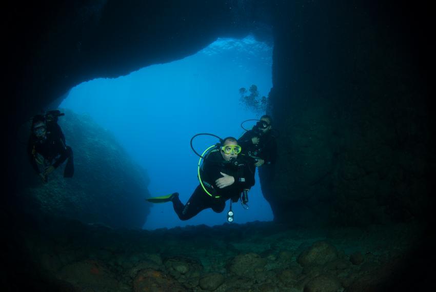 Eingang Fledermaushöhle, Taucher, Höhle, Adrasan/Fledermaushöhle, Türkei