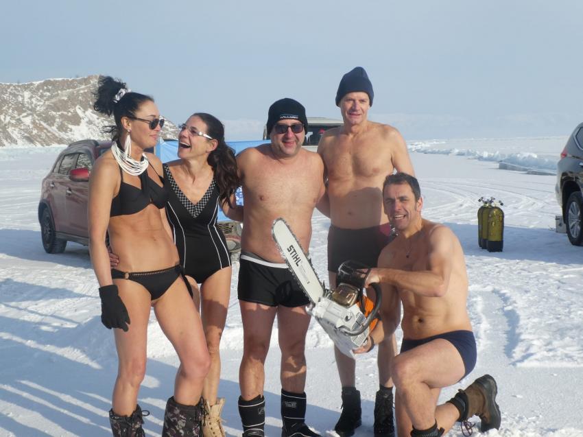... aber nur für kurze Zeit! zu kalt!, Baikalsee / Sibirien, Russland