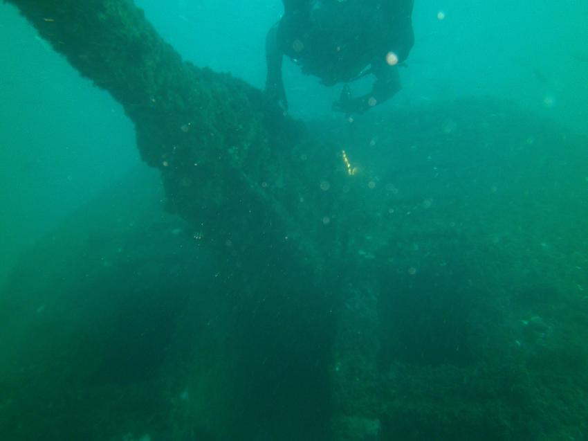 Kanone auf der Fregatte, Subnauta, Portimao, Algarve, Portugal