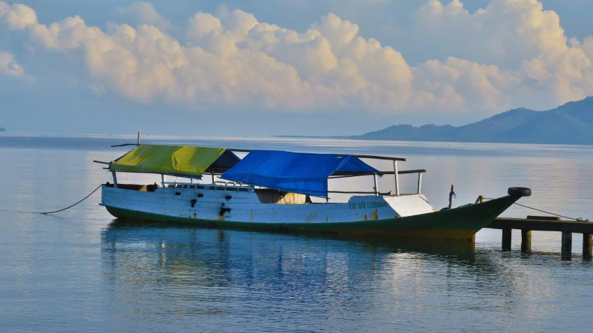 Tauchboot - eine einzige Katastrophe, Ankermi,Happy Dive,Maumere, Indonesien, Allgemein