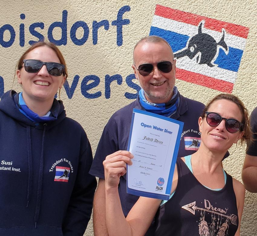 Happy!, Troisdorf Fun Divers, Troisdorf, Deutschland, Nordrhein-Westfalen