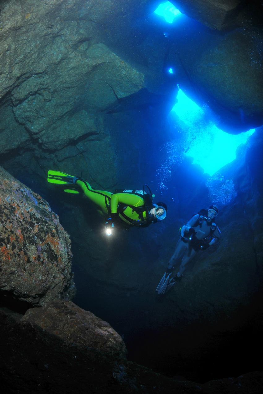 Hausriff 2, Höhlen, Durchbrüche, Atlantik, Madeira, Manta Diving Madeira, Canico, Portugal