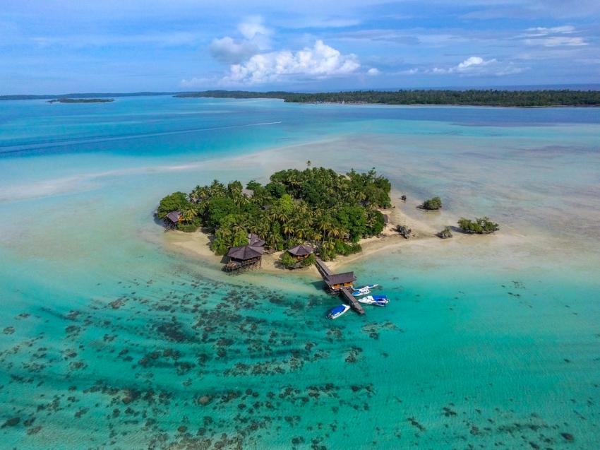 Nabucco Island Resort, Extra Divers, Indonesien, Allgemein