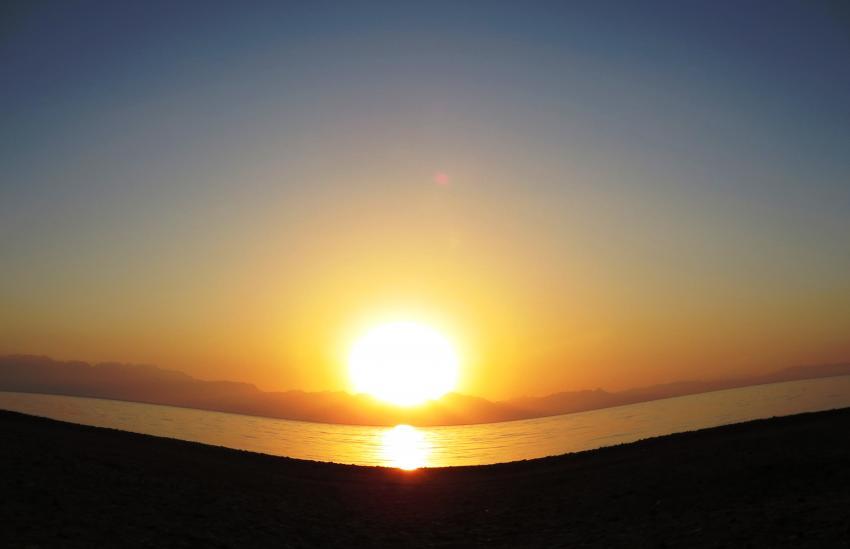 Sonnenaufgang in Dahab. Sunrise in Dahab, Dive Urge Dive Resort, Dahab, Ägypten, Sinai-Nord ab Dahab